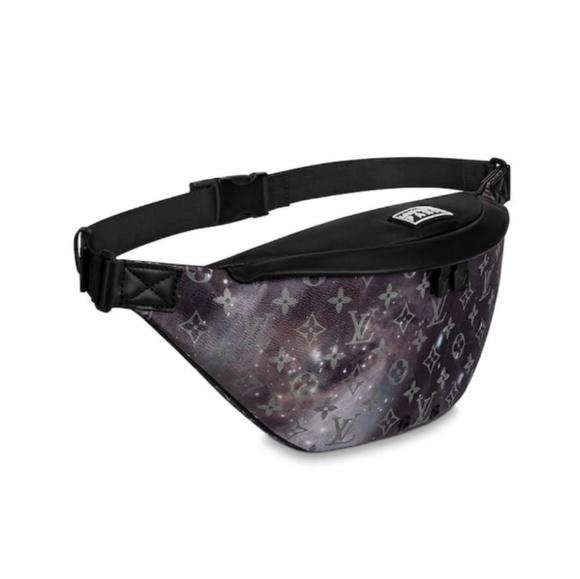 1381f2f1e33e Louis Vuitton Authentic Galaxy Voyage Bum Bag